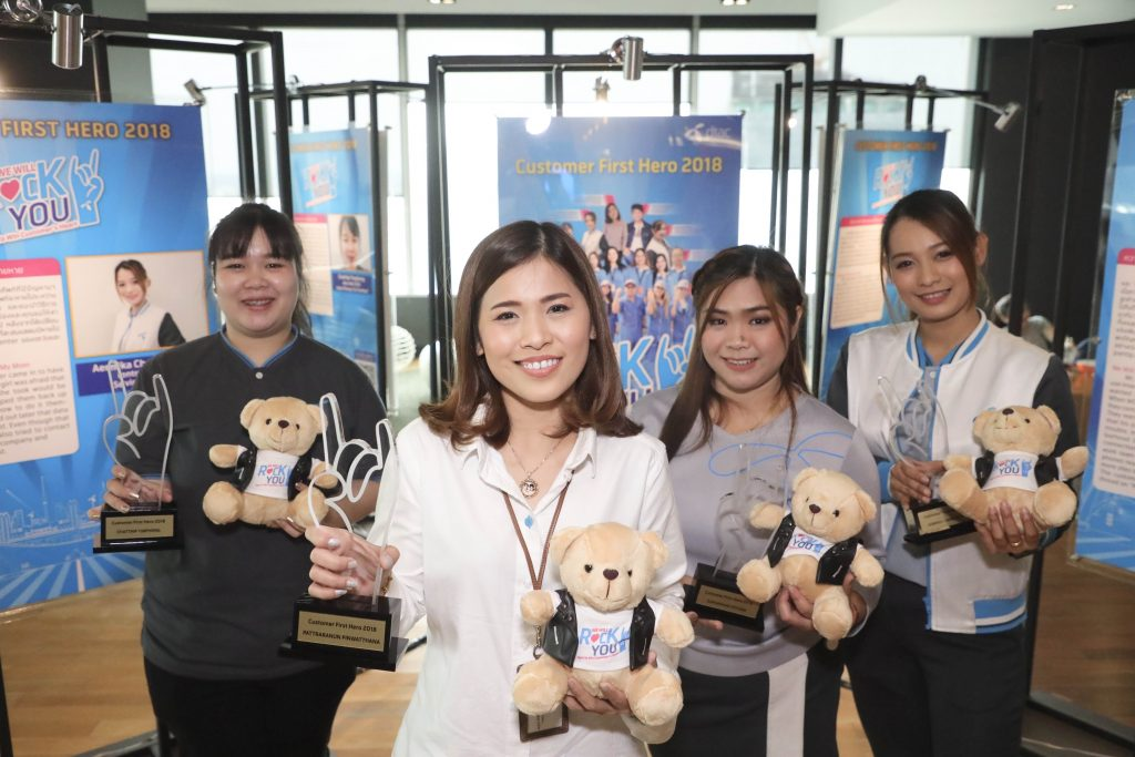 What does it take to be a customer hero at dtac?