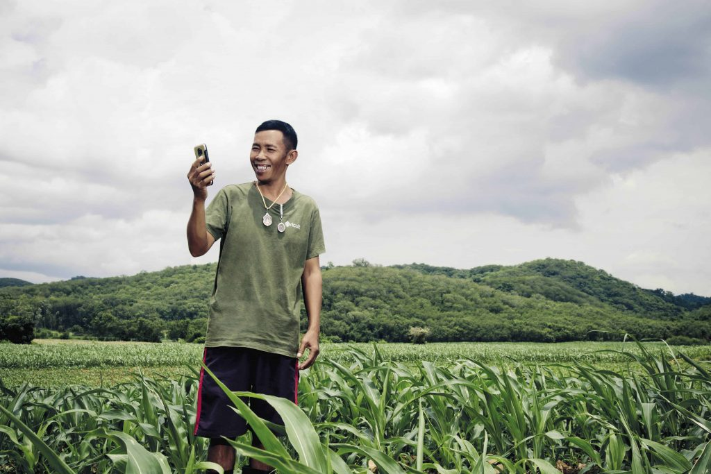"""""""Farm Man Yum"""", the collaborated application of dtac and ricult, is forecasting rainfall volume to prepare Thai farmers for the upcoming drought."""