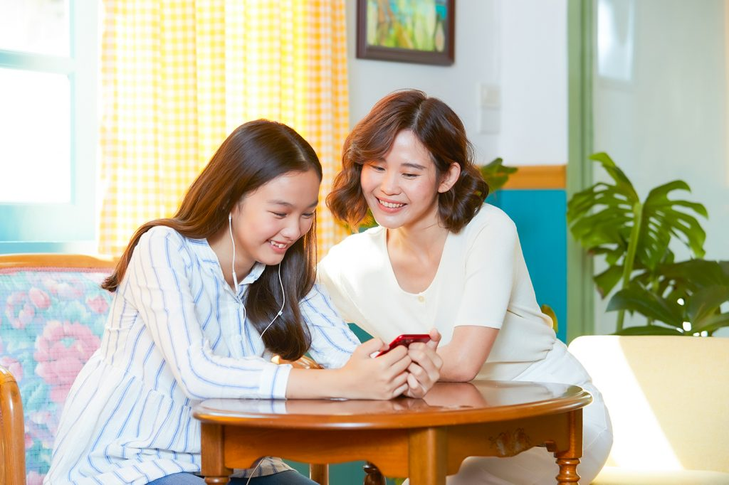 dtac Helps Customers Stay Home, Safe and Connected