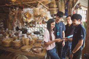 """ย้อนรอย 7 ปี """"ดีแทคเน็ตอาสา"""" … กลุ่มมดงานผู้ทำหน้าที่เชื่อมโลกออนไลน์กับคนรากหญ้า และพันธกิจใหม่กับการสร้าง Village Economy"""