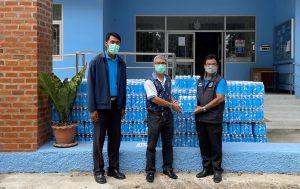 ดีแทคมอบน้ำดื่มเร่งช่วยเหลือพี่น้องชาวลพบุรี ผ่านสำนักงานเจ้าท่าภูมิภาค สาขาลพบุรี